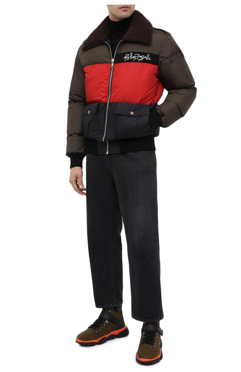 Мужские замшевые ботинки bubble boots MONCLER хаки цвета, арт. F2-09A-4M500-00-02SGM | Фото 2 (Мужское Кросс-КТ: Хайкеры-обувь, Ботинки-обувь; Материал внутренний: Натуральная кожа; Подошва: Массивная)