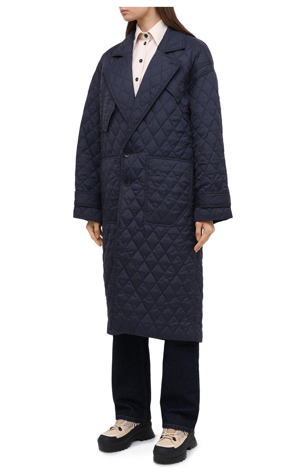 Женское пальто TIBI темно-синего цвета, арт. P220QU9095 | Фото 3 (Рукава: Длинные; Материал внешний: Синтетический материал; Материал подклада: Синтетический материал; Длина (верхняя одежда): Длинные; 1-2-бортные: Однобортные; Стили: Кэжуэл)
