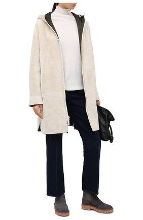 Женские замшевые ботинки HOGAN серого цвета, арт. HXW5430DG8004J | Фото 2