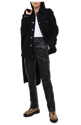 Женские кожаные брюки KENZO черного цвета, арт. FA62WPA097AD | Фото 2