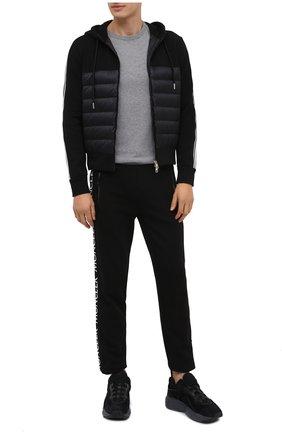 Мужской комбинированный кардиган MONCLER черного цвета, арт. F2-091-8G510-00-80985 | Фото 2 (Материал утеплителя: Пух и перо; Материал внешний: Хлопок; Материал подклада: Синтетический материал; Длина (для топов): Стандартные; Рукава: Длинные; Мужское Кросс-КТ: Кардиган-одежда; Стили: Кэжуэл)