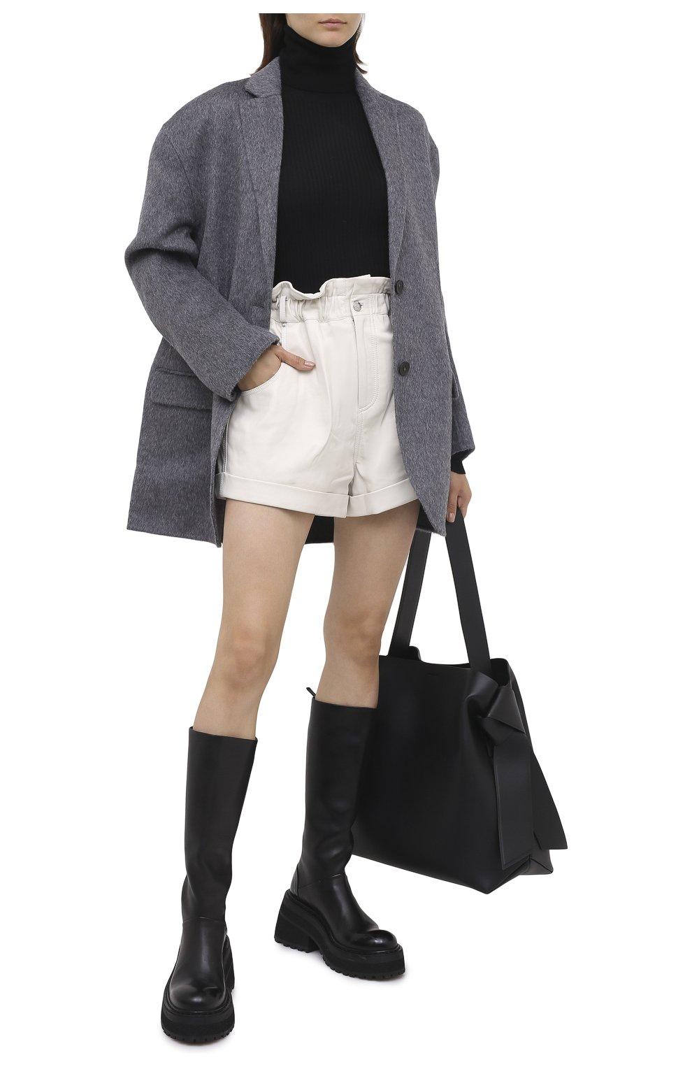 Женские кожаные шорты GRLFRND бежевого цвета, арт. GRF5 -S20   Фото 2 (Женское Кросс-КТ: Шорты-одежда; Длина Ж (юбки, платья, шорты): Мини; Материал внешний: Кожа; Материал подклада: Синтетический материал)