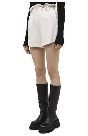 Женские кожаные шорты GRLFRND бежевого цвета, арт. GRF5 -S20   Фото 3 (Женское Кросс-КТ: Шорты-одежда; Длина Ж (юбки, платья, шорты): Мини; Материал внешний: Кожа; Материал подклада: Синтетический материал)