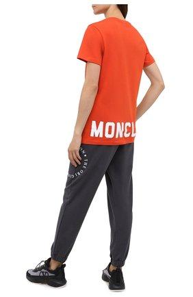 Женская хлопковая футболка MONCLER оранжевого цвета, арт. F2-093-8C778-10-V8161 | Фото 2
