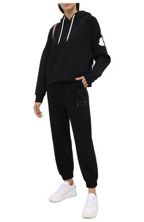Женский хлопковое худи MONCLER черного цвета, арт. F2-093-8G752-10-V8186   Фото 2