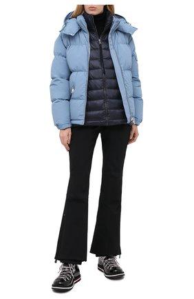 Женская пуховая куртка MONCLER темно-синего цвета, арт. F2-093-9B512-00-A9018 | Фото 2