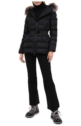 Женский пуховая куртка MONCLER черного цвета, арт. F2-093-1B540-02-C0059 | Фото 2