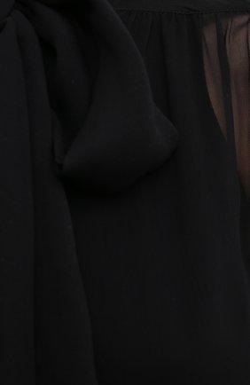 Женская шелковая блузка SAINT LAURENT черного цвета, арт. 642299/Y115W   Фото 5 (Материал внешний: Шелк; Рукава: Длинные; Принт: Без принта; Длина (для топов): Стандартные; Стили: Бохо, Романтичный; Женское Кросс-КТ: Блуза-одежда)