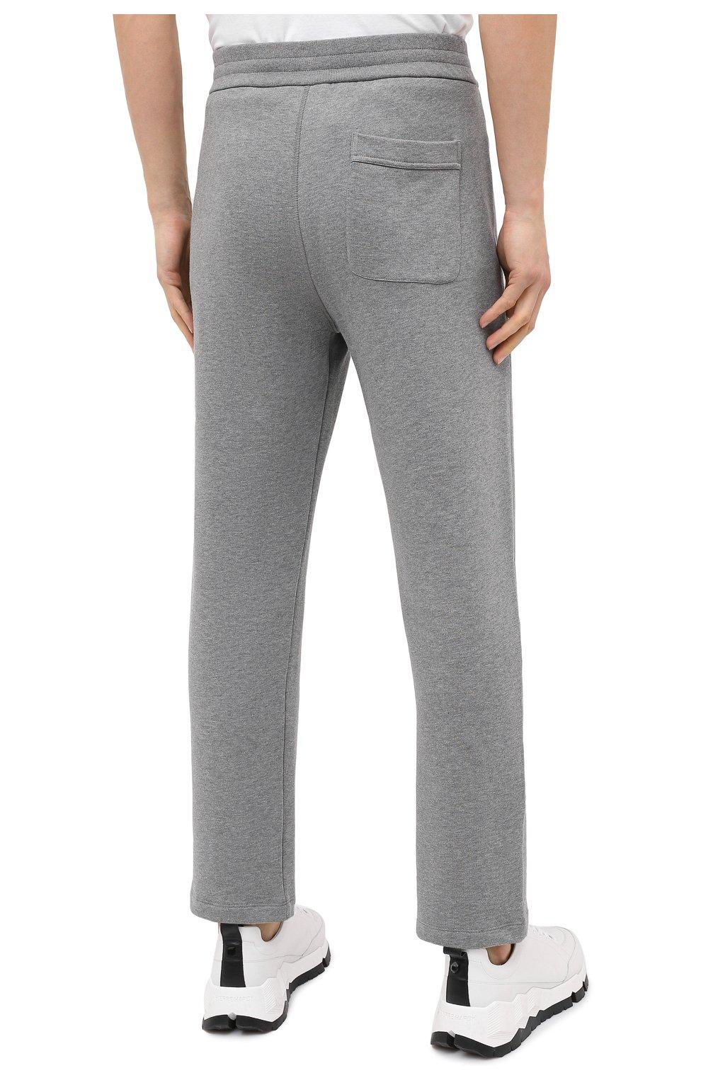 Мужские хлопковые брюки BRIONI серого цвета, арт. UJDJ0L/09630   Фото 4 (Мужское Кросс-КТ: Брюки-трикотаж; Длина (брюки, джинсы): Стандартные; Случай: Повседневный; Материал внешний: Хлопок; Стили: Спорт-шик)
