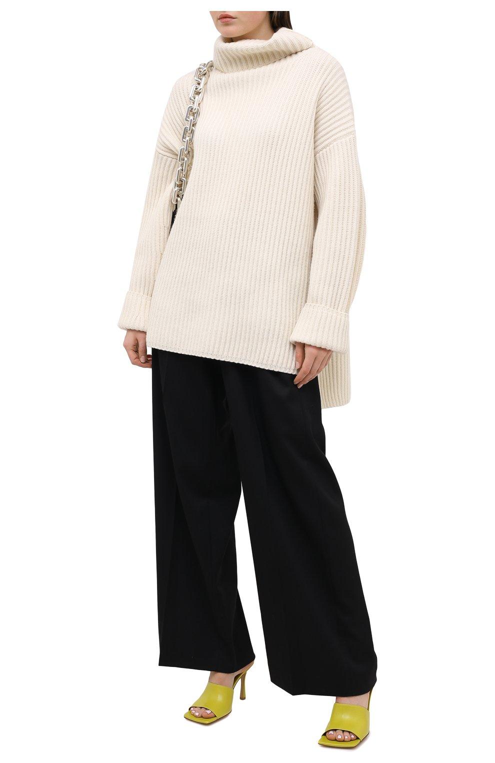 Женские кожаные мюли BOTTEGA VENETA светло-зеленого цвета, арт. 610538/VBSF0 | Фото 2