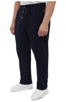 Мужские брюки из хлопка и кашемира CORTIGIANI темно-синего цвета, арт. 914613/0000/60-70 | Фото 3 (Big sizes: Big Sizes; Мужское Кросс-КТ: Брюки-трикотаж; Длина (брюки, джинсы): Стандартные; Случай: Повседневный; Материал внешний: Хлопок; Стили: Спорт-шик)