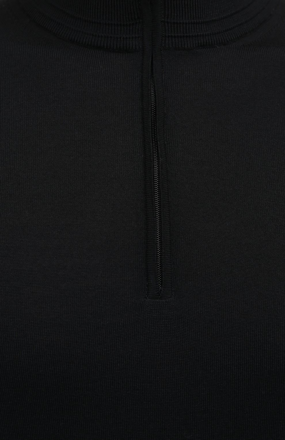 Мужской шерстяной джемпер LUCIANO BARBERA черного цвета, арт. 109258/53169 | Фото 5 (Мужское Кросс-КТ: Джемперы; Материал внешний: Шерсть; Рукава: Длинные; Принт: Без принта; Длина (для топов): Стандартные; Стили: Классический; Вырез: Круглый)