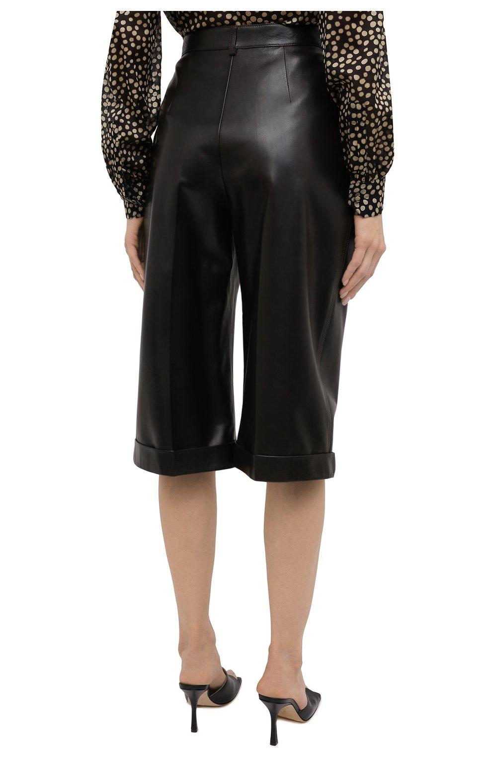 Женские кожаные шорты SAINT LAURENT темно-коричневого цвета, арт. 636127/Y50A2 | Фото 4 (Женское Кросс-КТ: Шорты-одежда; Стили: Гламурный; Кросс-КТ: Широкие; Длина Ж (юбки, платья, шорты): До колена; Материал подклада: Купро)