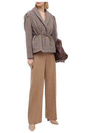 Женские шерстяные брюки ALEXANDER MCQUEEN бежевого цвета, арт. 583746/QKAAM   Фото 2