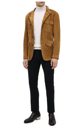 Мужская замшевая куртка TOM FORD темно-бежевого цвета, арт. BV417/TFL651 | Фото 2 (Материал подклада: Купро; Рукава: Длинные; Мужское Кросс-КТ: Верхняя одежда, Кожа и замша, Куртка-верхняя одежда; Стили: Кэжуэл; Кросс-КТ: Куртка; Длина (верхняя одежда): До середины бедра; Материал внешний: Замша)