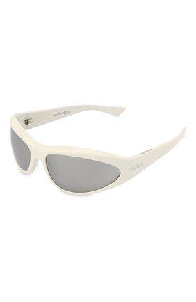Женские солнцезащитные очки BOTTEGA VENETA белого цвета, арт. BV1077S | Фото 1