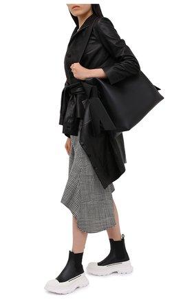 Женские кожаные ботинки tread slick ALEXANDER MCQUEEN черно-белого цвета, арт. 635714/WHZ61 | Фото 2