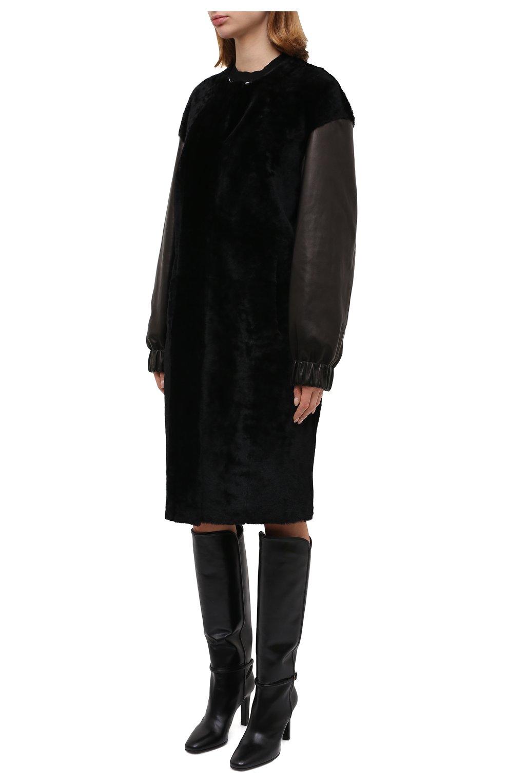 Женская шуба из овчины DROME черного цвета, арт. DPD5769/D1993 | Фото 3 (Женское Кросс-КТ: Мех; Рукава: Длинные; Материал внешний: Натуральный мех; Длина (верхняя одежда): До колена; Стили: Кэжуэл)