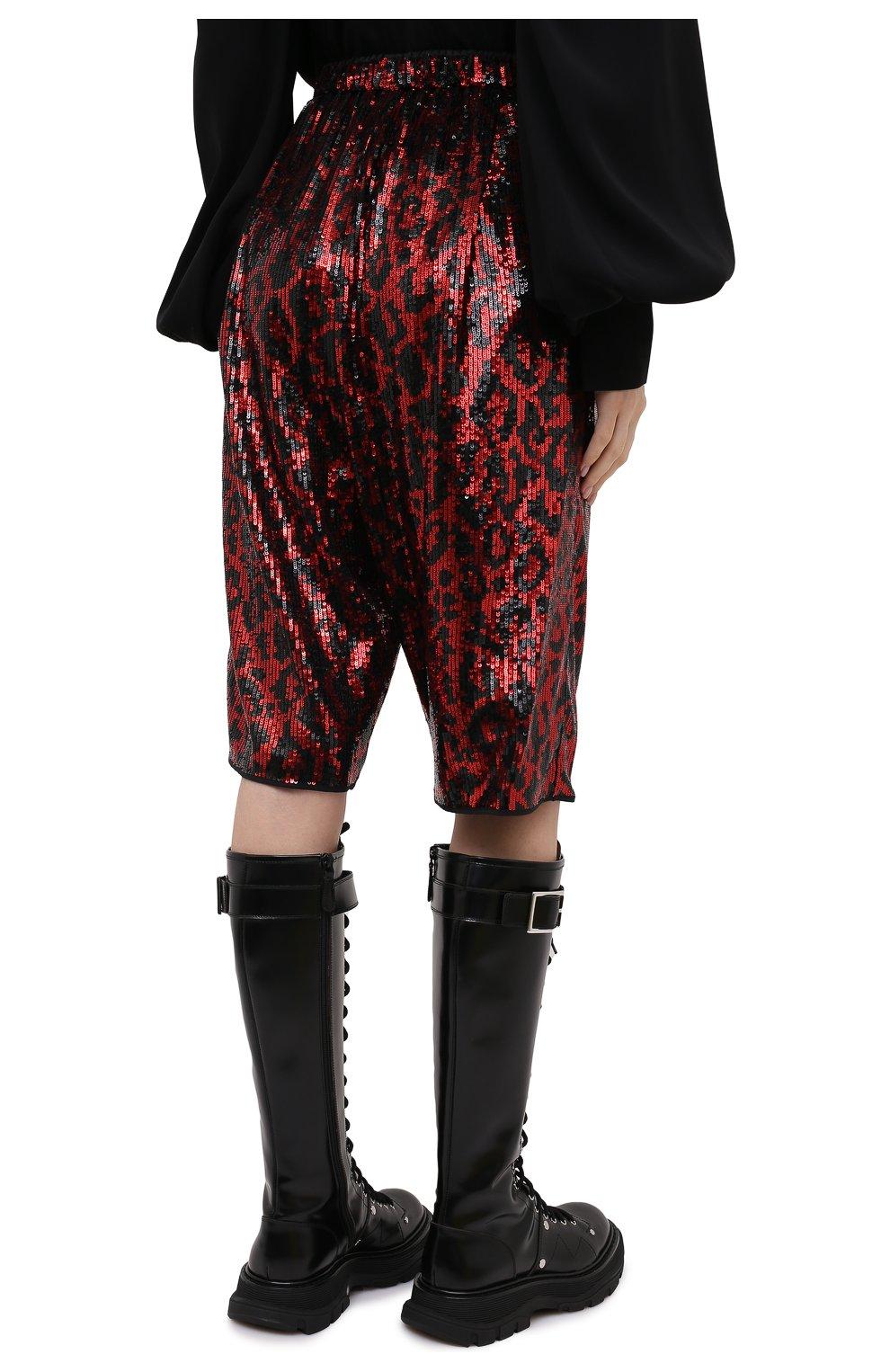 Женские шорты с пайетками N21 красного цвета, арт. 20I N2M0/D011/5A45 | Фото 4 (Женское Кросс-КТ: Шорты-одежда; Стили: Гламурный; Материал внешний: Синтетический материал; Кросс-КТ: Широкие; Длина Ж (юбки, платья, шорты): До колена)