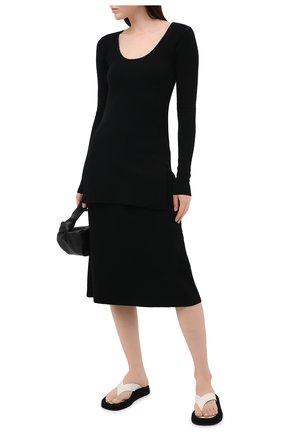 Женский шерстяной пуловер TOTÊME черного цвета, арт. M0R0 204-552-756 | Фото 2