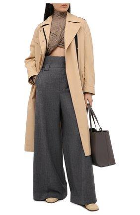 Женские шерстяные брюки FENDI серого цвета, арт. FR6273 AC2Q | Фото 2