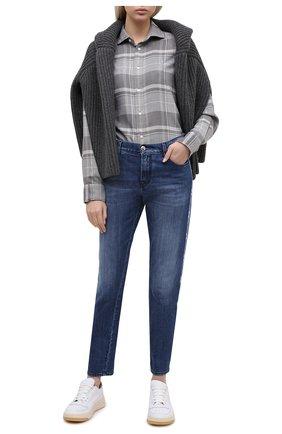 Женские джинсы JACOB COHEN синего цвета, арт. KIMBERLY CR0P LTD 01904-W1/54 | Фото 2