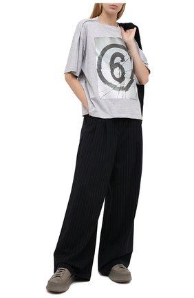 Женская хлопковая футболка MM6 серого цвета, арт. S32GC0582/S23588 | Фото 2