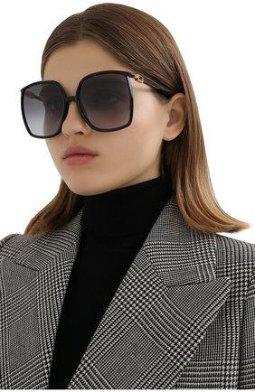 Женские солнцезащитные очки FENDI черного цвета, арт. 0431/G 807 | Фото 2