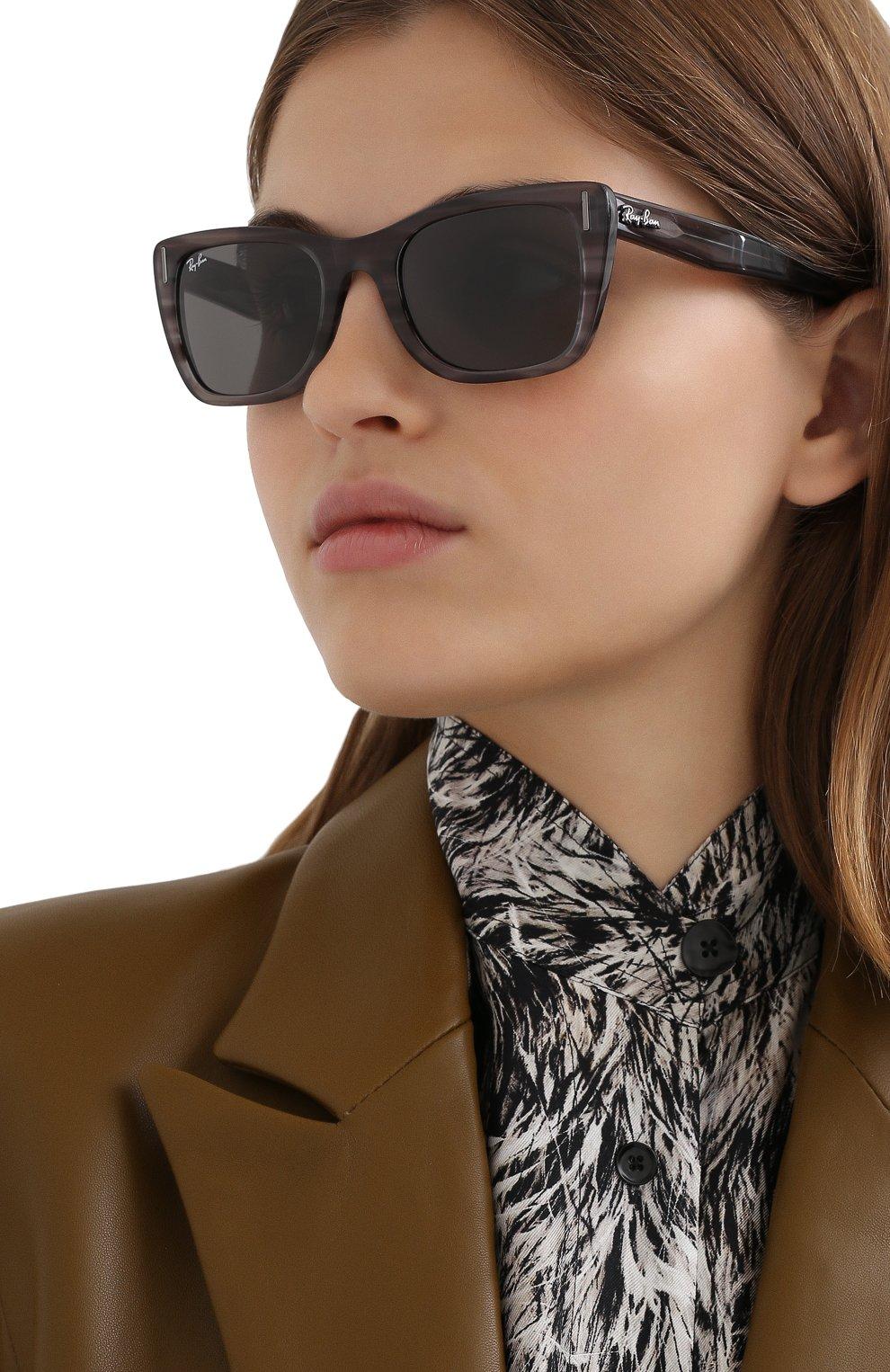 Женские солнцезащитные очки RAY-BAN серого цвета, арт. 2248-1314B1 | Фото 2