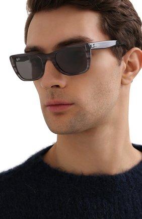 Женские солнцезащитные очки RAY-BAN серого цвета, арт. 2248-1314B1 | Фото 3