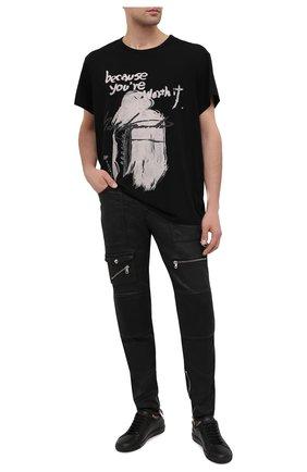 Мужские джинсы DIESEL черного цвета, арт. A01115/069QY | Фото 2