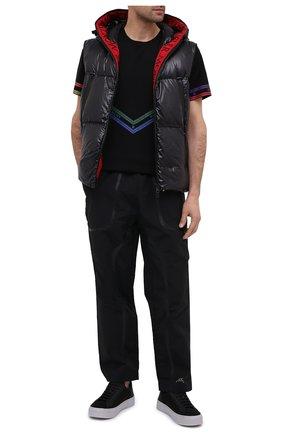 Мужской пуховый жилет agneaux MONCLER черного цвета, арт. F2-091-1A51C-00-68950 | Фото 2