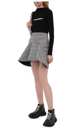 Женская шерстяная юбка VERSACE серого цвета, арт. A87921/A236492 | Фото 2