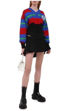 Женская юбка из вискозы VERSACE черного цвета, арт. A87566/A237082 | Фото 2