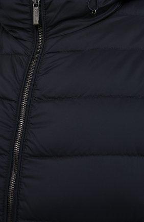 Мужской пуховый жилет blake-s3 MOORER темно-синего цвета, арт. BLAKE-S3/A20M350REFL/60-68 | Фото 5 (Кросс-КТ: Куртка, Пуховик; Big sizes: Big Sizes; Материал внешний: Синтетический материал; Материал подклада: Синтетический материал; Мужское Кросс-КТ: Верхняя одежда; Длина (верхняя одежда): Короткие; Стили: Кэжуэл)
