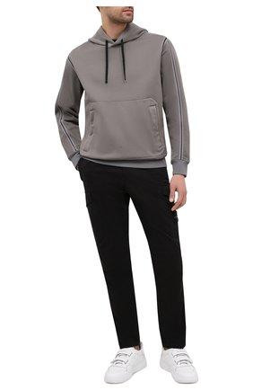 Мужской хлопковые брюки-карго STONE ISLAND черного цвета, арт. 731531310 | Фото 2