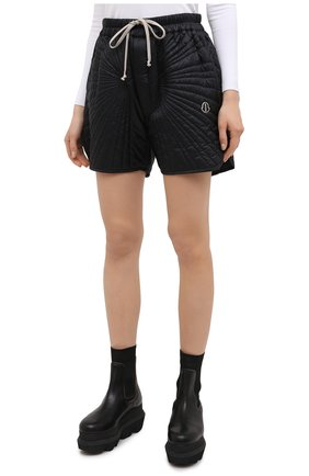 Женские шорты moncler + rick owens RICK OWENS черного цвета, арт. MU20F0023/C0596 | Фото 3 (Длина Ж (юбки, платья, шорты): Мини; Кросс-КТ: Спорт; Материал внешний: Синтетический материал; Женское Кросс-КТ: Шорты-спорт; Стили: Спорт-шик, Кэжуэл; Материал подклада: Синтетический материал; Материал утеплителя: Пух и перо)
