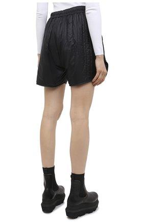Женские шорты moncler + rick owens RICK OWENS черного цвета, арт. MU20F0023/C0596 | Фото 4 (Длина Ж (юбки, платья, шорты): Мини; Кросс-КТ: Спорт; Материал внешний: Синтетический материал; Женское Кросс-КТ: Шорты-спорт; Стили: Спорт-шик, Кэжуэл; Материал подклада: Синтетический материал; Материал утеплителя: Пух и перо)