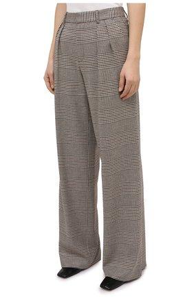 Женские брюки ALICE + OLIVIA коричневого цвета, арт. CL000R04107   Фото 3