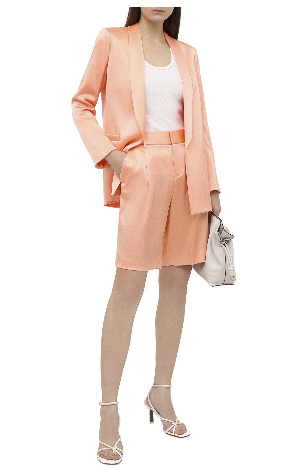 Женские шорты ALICE + OLIVIA оранжевого цвета, арт. CC004205610   Фото 2 (Женское Кросс-КТ: Шорты-одежда; Стили: Гламурный; Материал внешний: Синтетический материал; Длина Ж (юбки, платья, шорты): Миди)