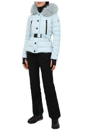 Женский пуховая куртка MONCLER голубого цвета, арт. F2-098-1A510-02-5399E | Фото 2