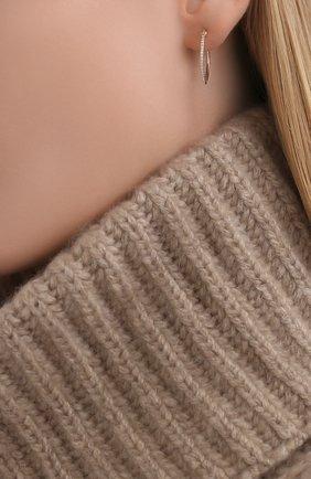 Женские серьги-колечки MOONKA STUDIO белого цвета, арт. dem-h-g   Фото 2