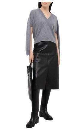 Женский кашемировый пуловер TIBI светло-серого цвета, арт. F120SR6331 | Фото 2 (Длина (для топов): Стандартные; Материал внешний: Шерсть, Кашемир; Рукава: Длинные; Женское Кросс-КТ: Пуловер-одежда; Стили: Кэжуэл)