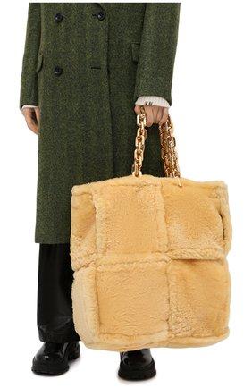 Женская сумка-тоут chain large BOTTEGA VENETA бежевого цвета, арт. 631420/VBWX0 | Фото 2
