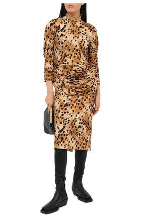 Женское платье из вискозы BURBERRY леопардового цвета, арт. 4566772 | Фото 2 (Длина Ж (юбки, платья, шорты): Миди; Женское Кросс-КТ: Платье-одежда; Случай: Коктейльный; Стили: Романтичный; Материал внешний: Вискоза; Рукава: Длинные)
