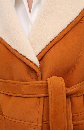 Женская дубленка BLANCHA коричневого цвета, арт. 20094/302/60/SPICE/IV0RY | Фото 5 (Женское Кросс-КТ: Мех, Замша и кожа; Рукава: Длинные; Материал внешний: Натуральный мех; Длина (верхняя одежда): Короткие)