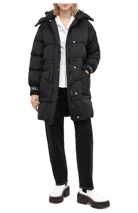 Женский пуховая куртка ICEBERG черного цвета, арт. 20I I2P0/J031/5050 | Фото 2