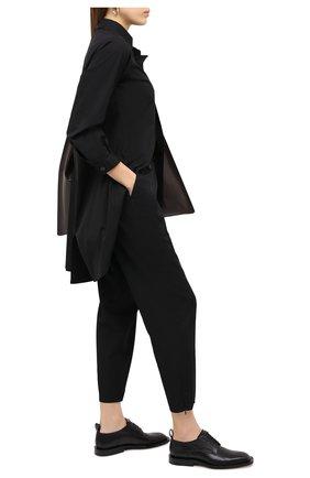 Женские шерстяные брюки YOHJI YAMAMOTO черного цвета, арт. NR-P02-100 | Фото 2
