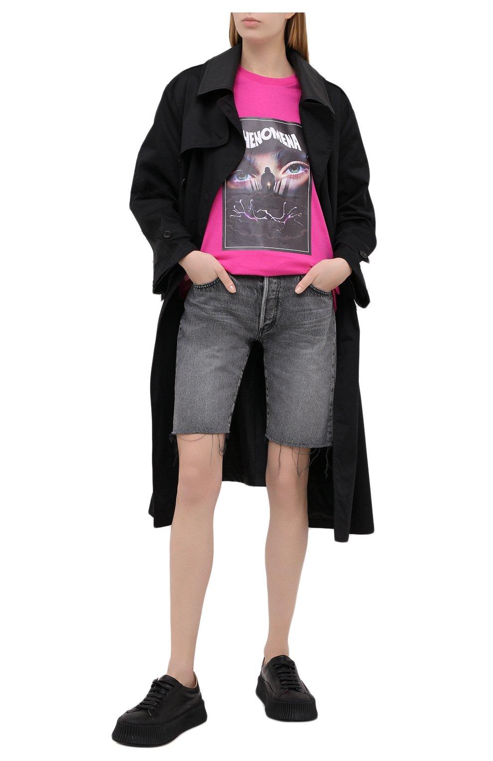 Женские джинсовые шорты MOUSSY серого цвета, арт. 025DAC11-1120 | Фото 2 (Женское Кросс-КТ: Шорты-одежда; Кросс-КТ: Деним; Стили: Гранж; Материал внешний: Хлопок, Деним; Длина Ж (юбки, платья, шорты): До колена)