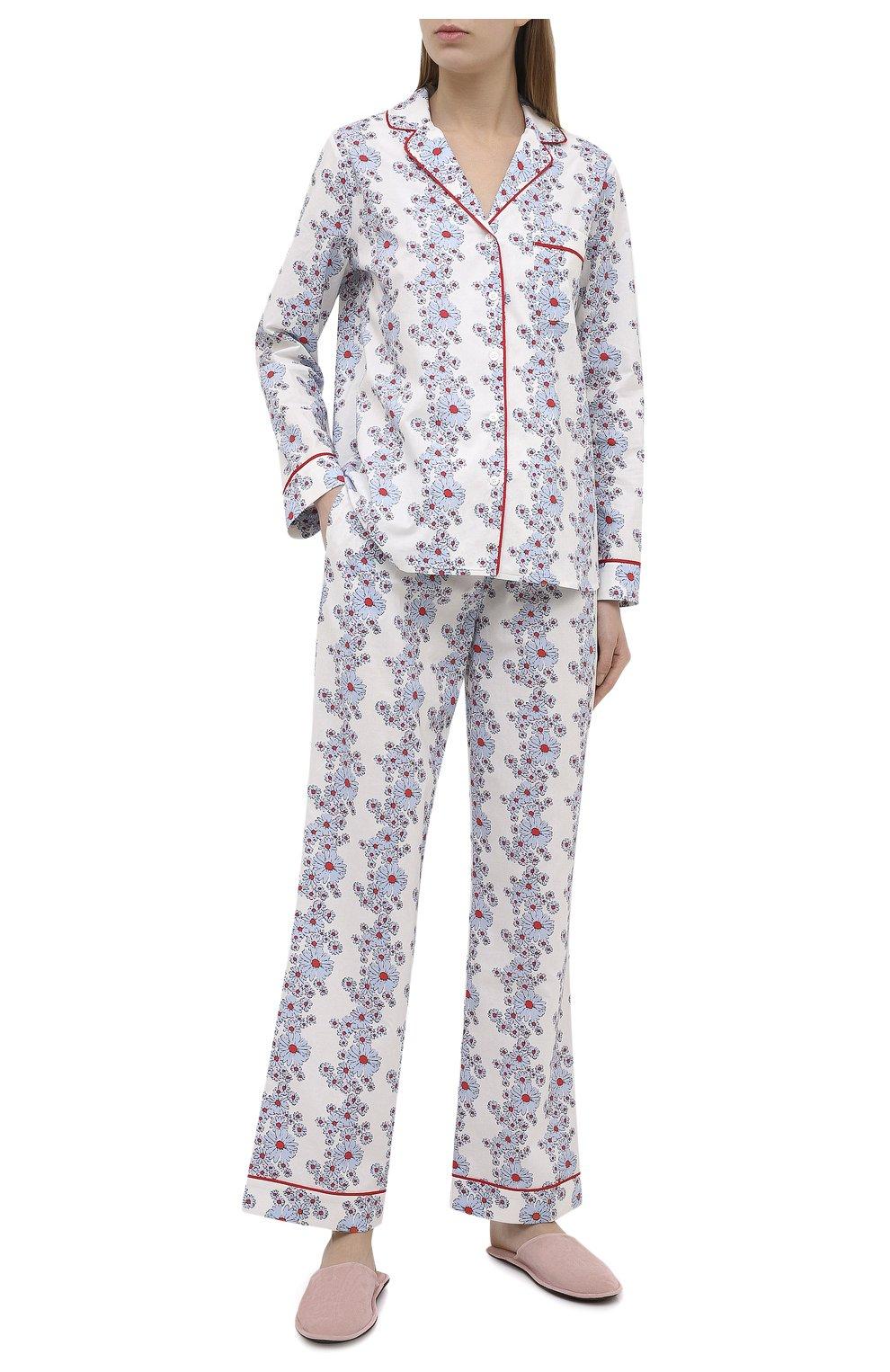 Женская хлопковая пижама YOLKE светло-голубого цвета, арт. SS21-02C-BL-C0   Фото 1 (Рукава: Длинные; Длина Ж (юбки, платья, шорты): Мини; Длина (брюки, джинсы): Стандартные; Длина (для топов): Стандартные; Материал внешний: Хлопок)